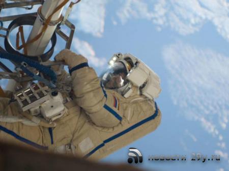 Прямая трансляция: Российский экипаж МКС вышел в открытый космос для проверки дыры в «Союзе»
