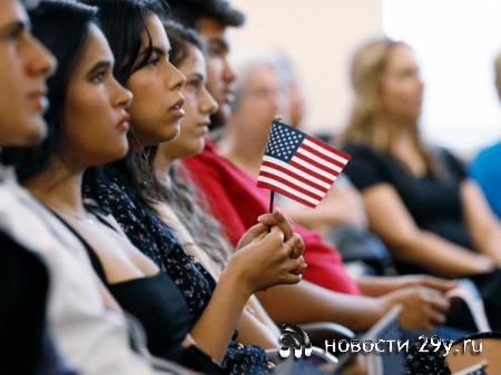 США меняет правила выдачи Грин-карты, станет сложнее её получить