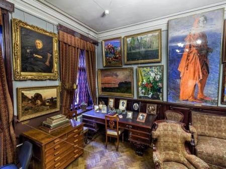 От учителя Николая Рериха до квартиры Иосифа Бродского
